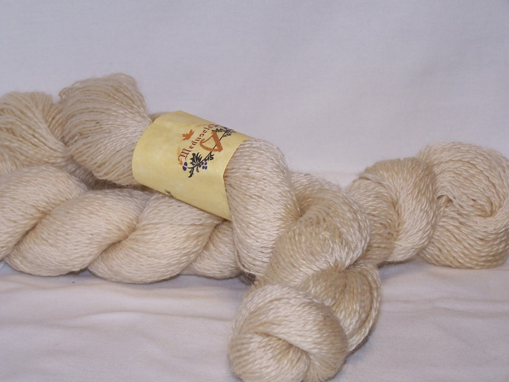 Fingerling Romney yarn